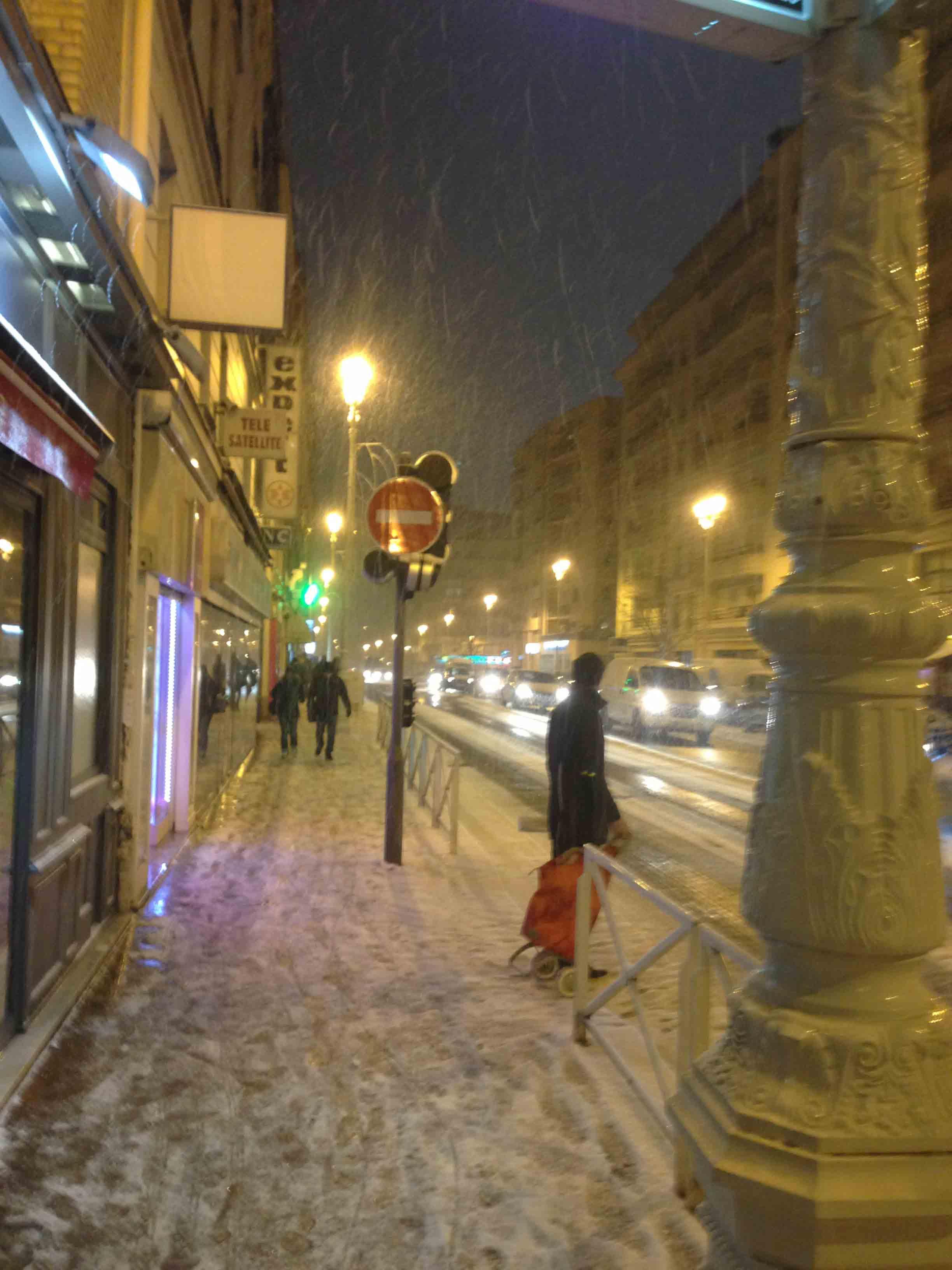 La rue Henri Ginoux sous la neige